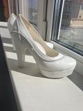 Белые свадебные туфли Екатеринбург